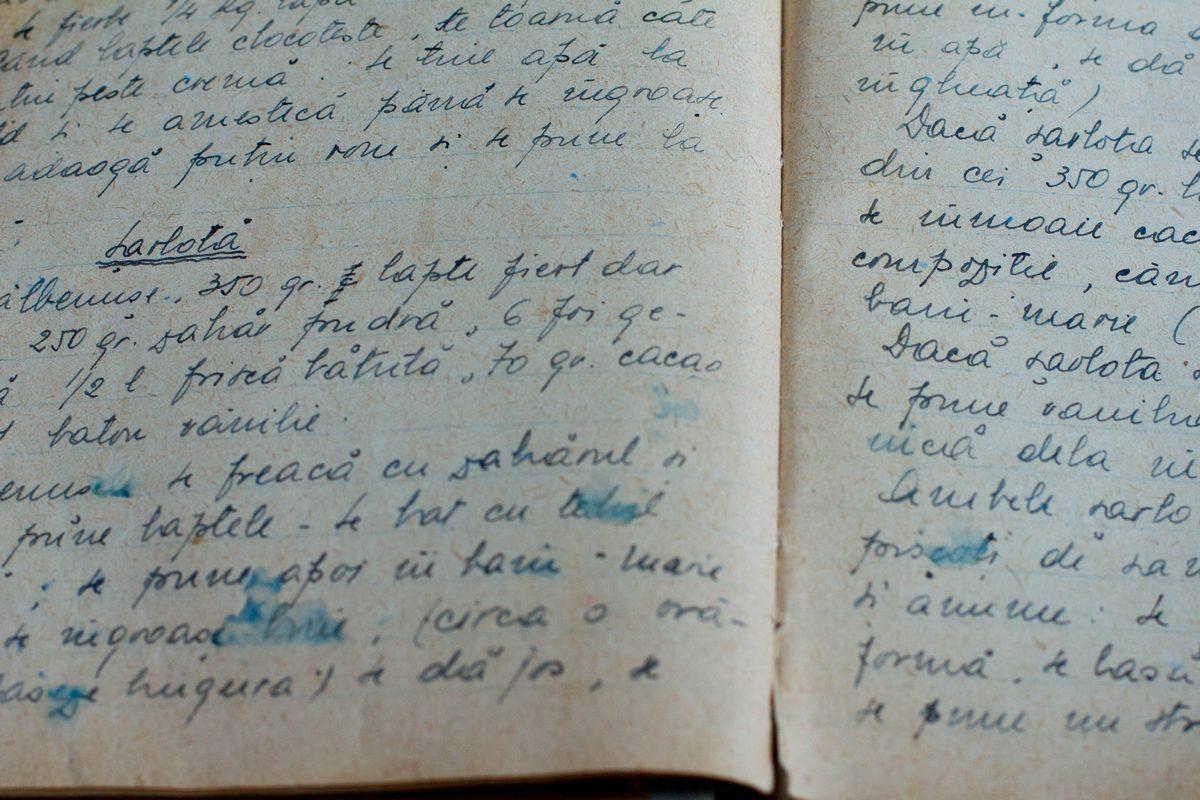 caietul cu rețete al bunicii - șarlotă cu vanilie