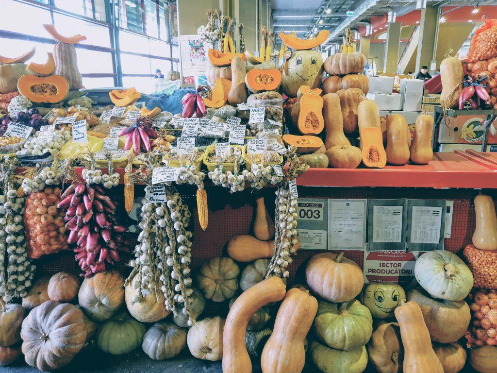 piața-obor-tarabă-dovleac