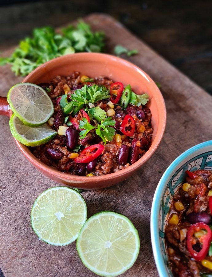 chili con carne cu vin roșu