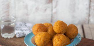crochete-de-cartofi-dulci-cu-mozarella