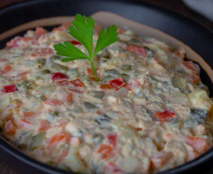 cum se face salata boeuf – mai întâi o înțelegem și abia apoi o facem