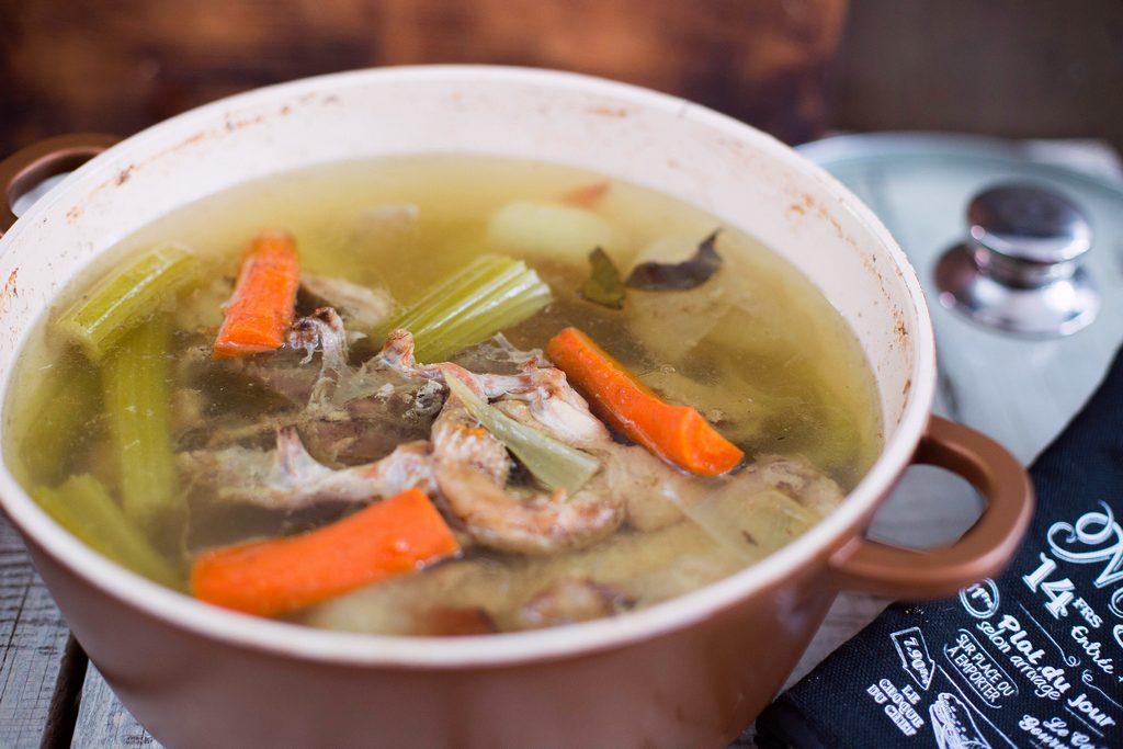 supă stock, supă de bază, supă concentrată, fond, bouillon