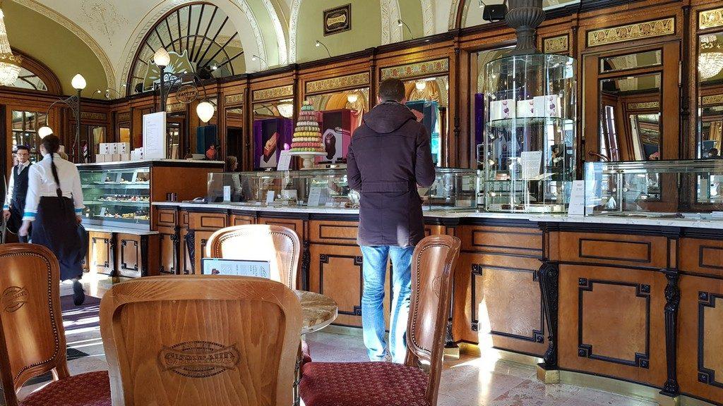 Gerbeaud Cafe - Budapesta - ciprian munteleGerbeaud Cafe - Budapesta - ciprian muntele